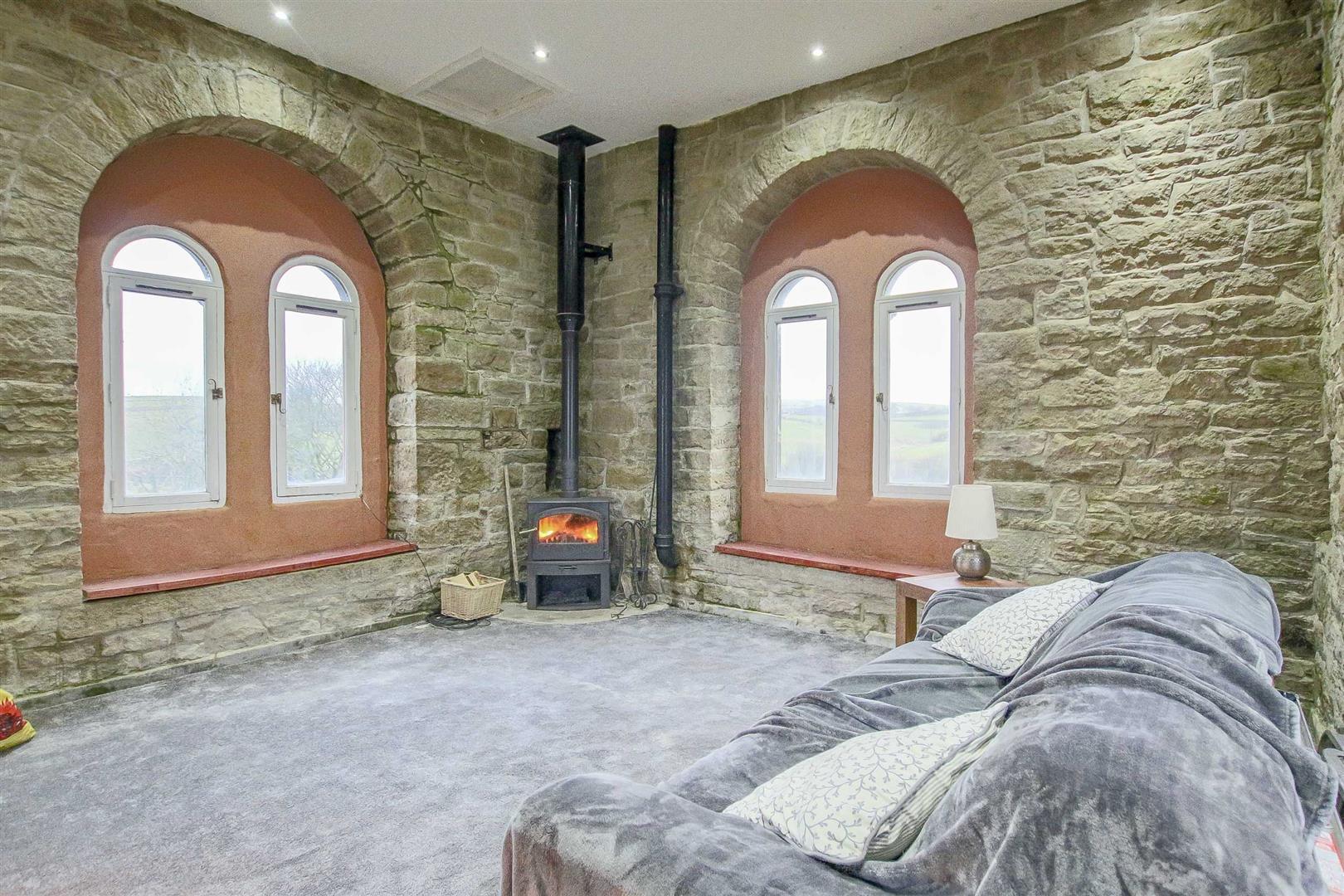5 Bedroom Detached House For Sale - Image 50